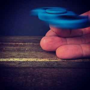 art blur close up fidget spinner