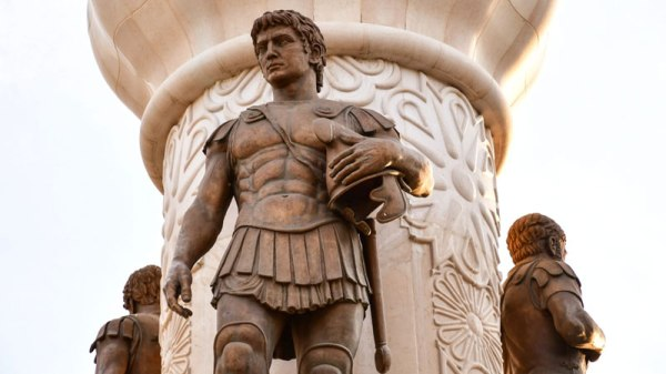 alexander-the-great-quotes-featured