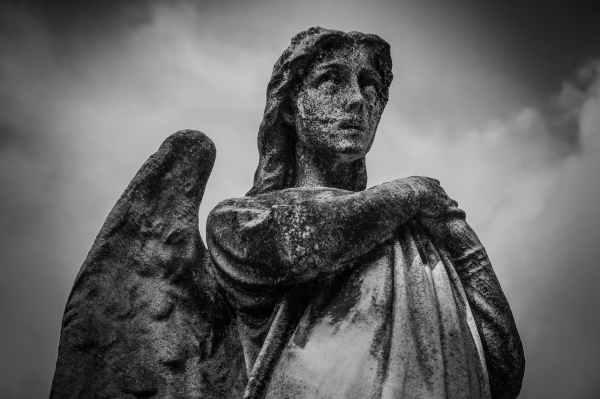 statue angel cemetery
